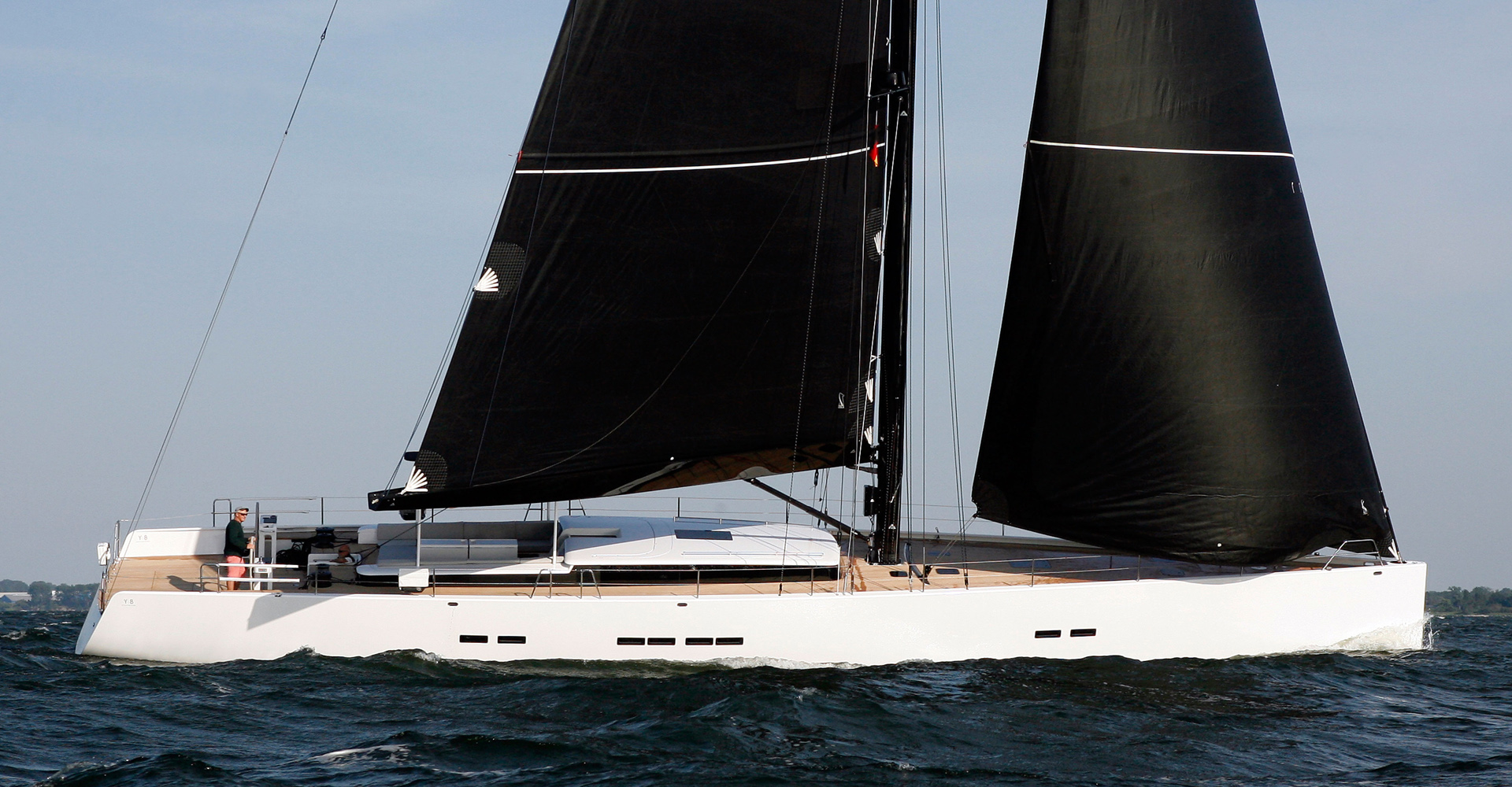 Profile of Brenta sailing yacht
