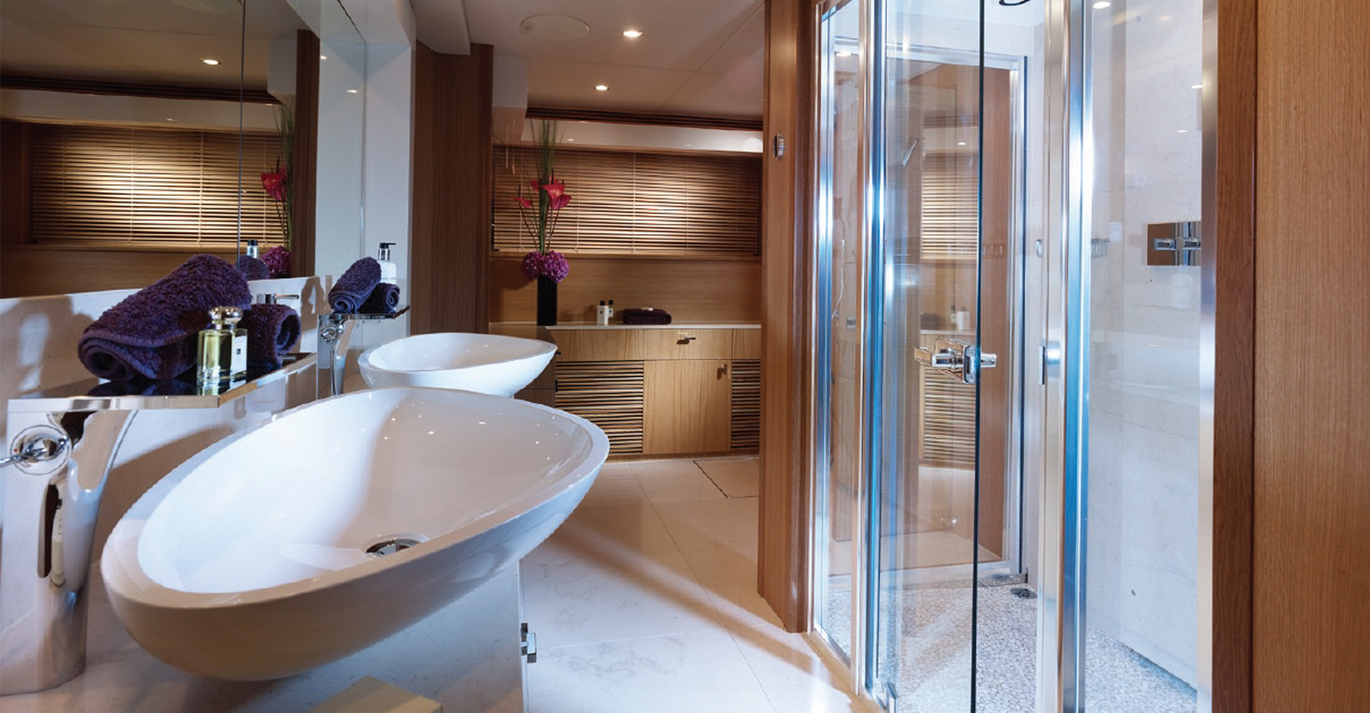 A cabin and ensuite designed for older Sunseeker models