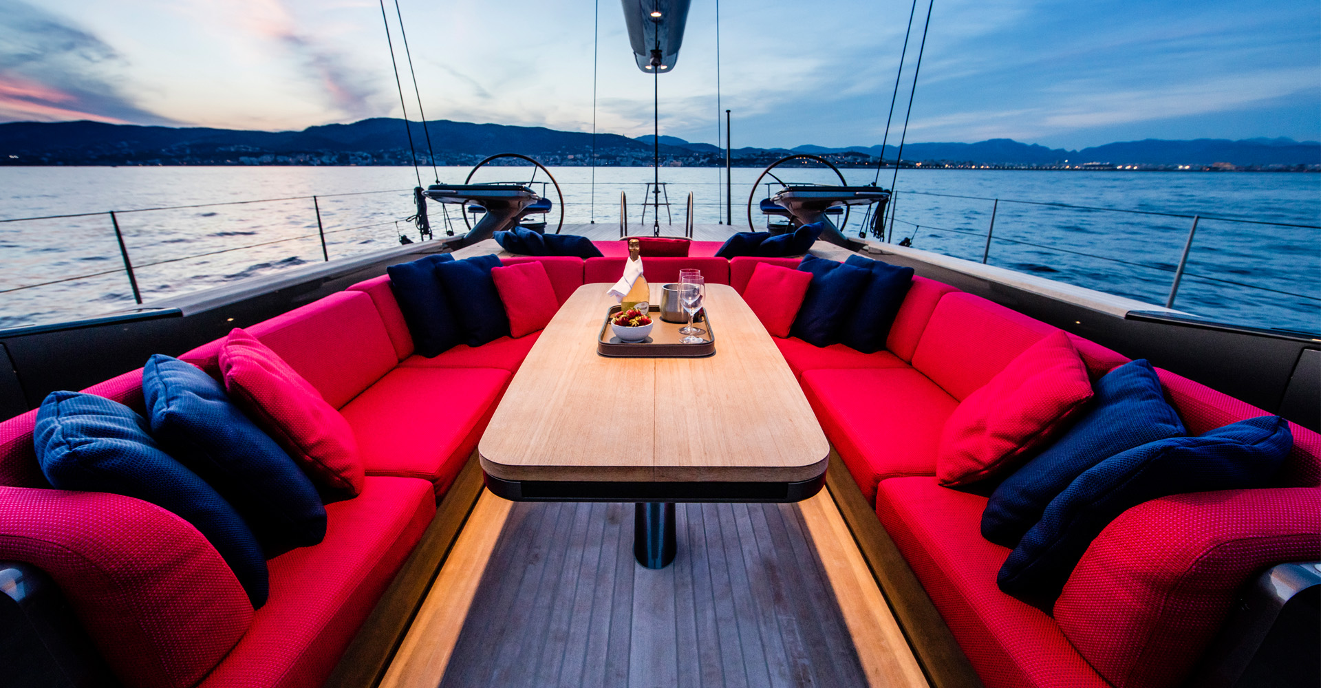 Aft deck of SY Missy