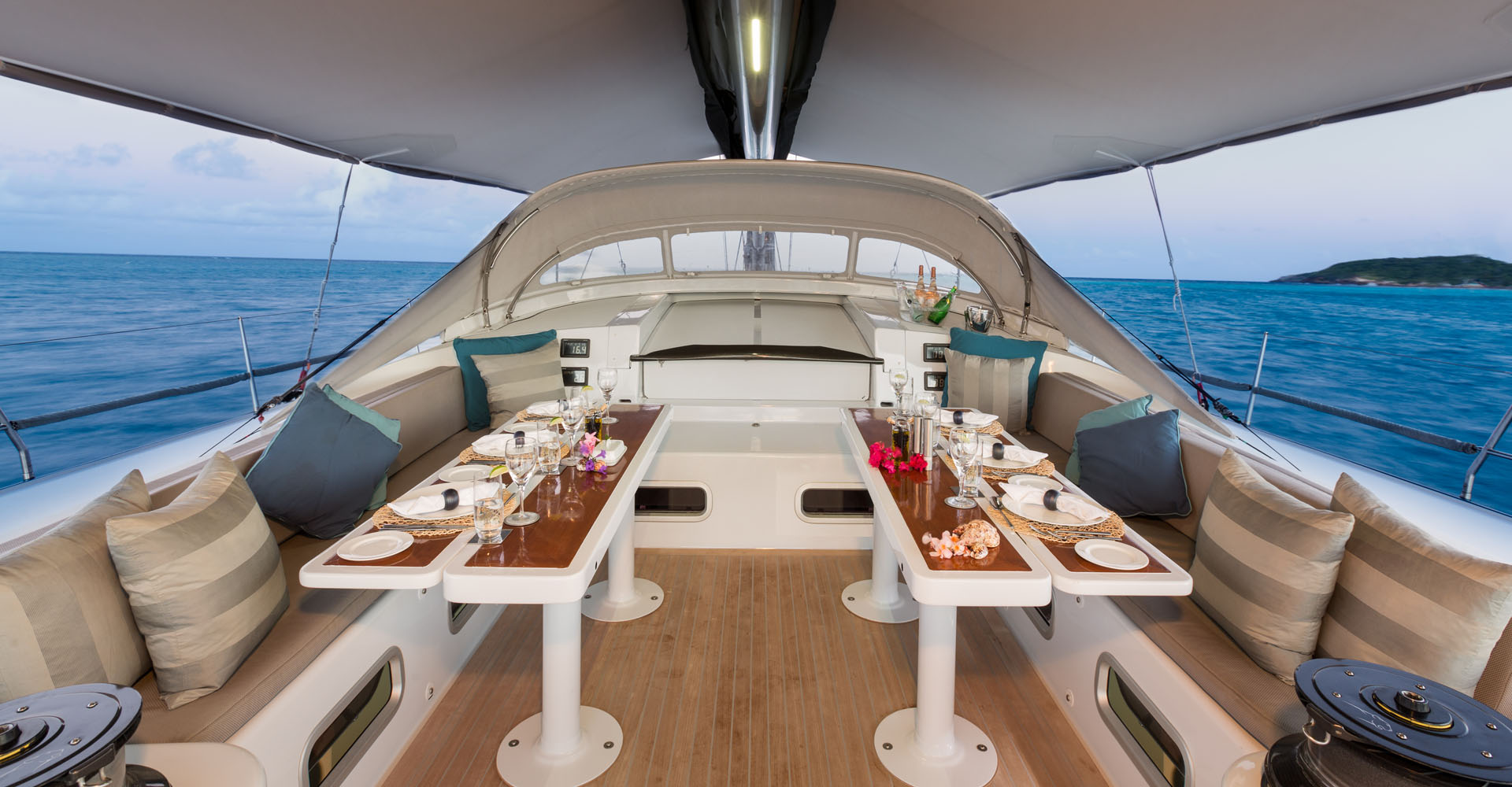 The cockpit of sailing yacht Leopard 3