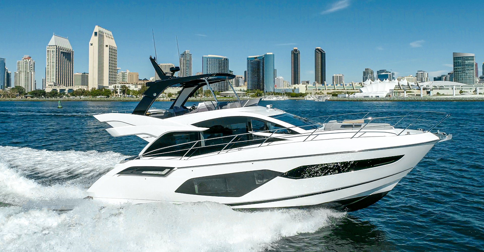 Sunseeker Manhatten 55 yacht exterior photo
